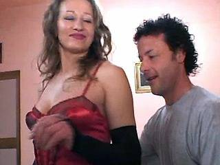 Juicy milf in sexy lingerie gets her ass licked