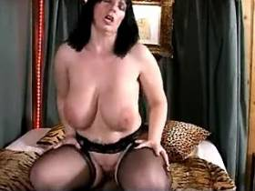 Moms big saggy boobs hop as she rides big hard dick
