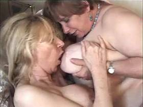 Blonde milf has fun with fat mature with big tits