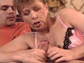 Aged mom catch cum of guy after sex in all poses