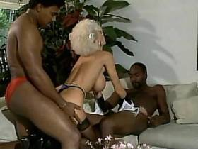 Blonde hungry mature fucking with two blacky guys