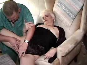 Blond chubby mom sucks cock and gets licking pussy