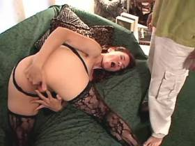 Brunette mature does blowjob and gets licking pussy