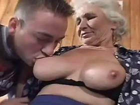Elder mature does hot blowjob and has hard fuck