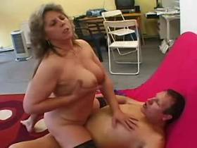 Elder chubby mature has hot fuck and gets creampie